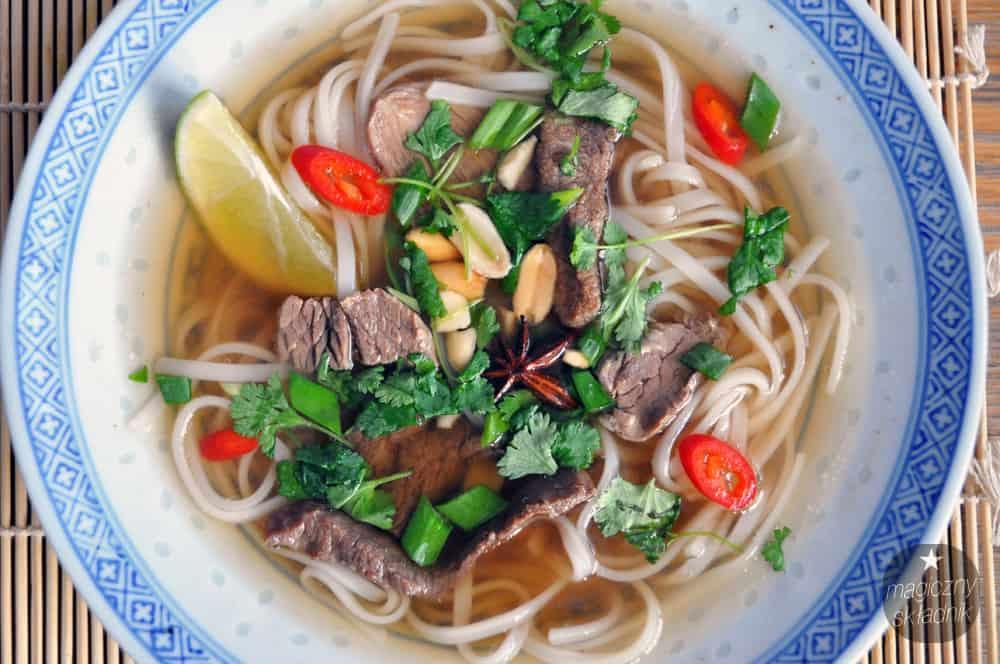 Wietnamska zupa Pho Bo
