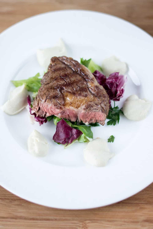 Castello - 11 - stek z antrykotu z sosem pietruszkowo serowym-3