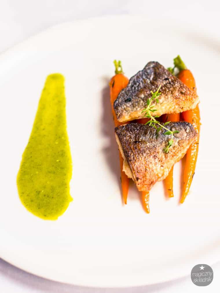 Filet z dorady z glazurowanymi marchewkami-3