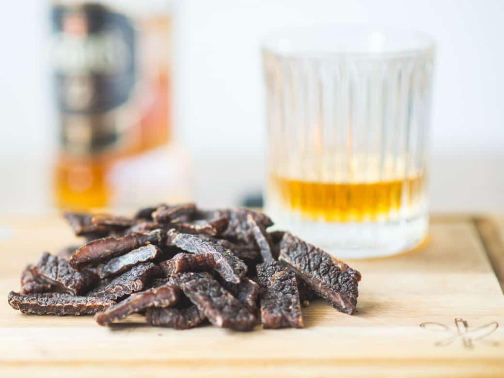 Beef jerky marynowany w whisky-16